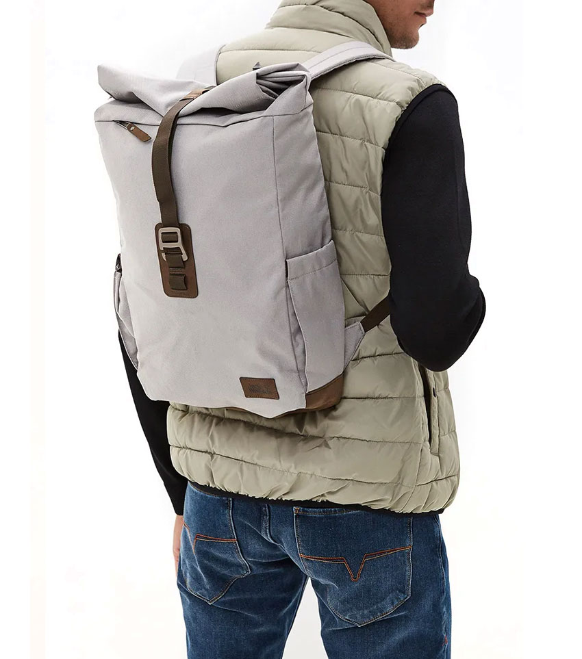 JACK WOLFSKIN Royal Oak 18L Small Recycled Vintage Daypack With Magnetic Closure, Clay Grey