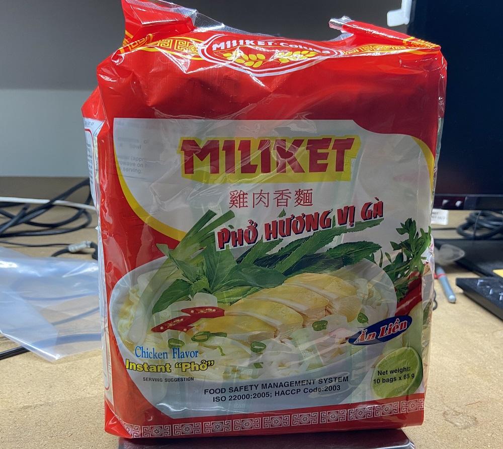 MiliketColusa Vietnam Instant Rice Noodles  Chicken Flavor Instant Pho (Pack of 10)