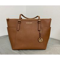 MICHAEL KORS Large Jet Set Saffiano Leather Top Zip TopHandle Bag Tote in Luggage