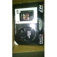 Monster M7 7 inch Black 32gb Tablet and Black Ntune Hd Headphones Bundle