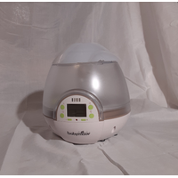BABYMOOVR DIGITAL HUMIDIFIER IN GREENWHITE